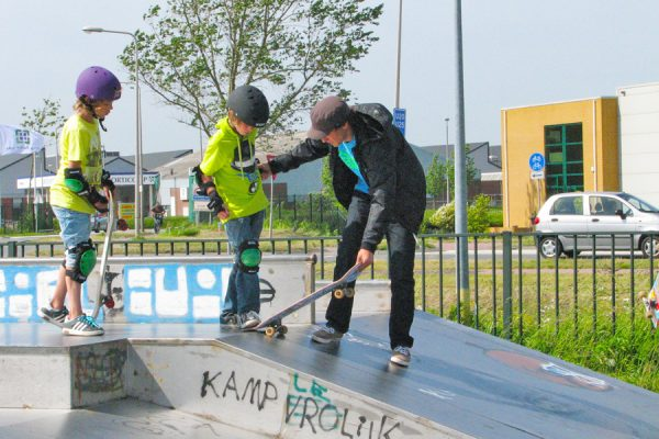 skateschool skateboarden groepsles