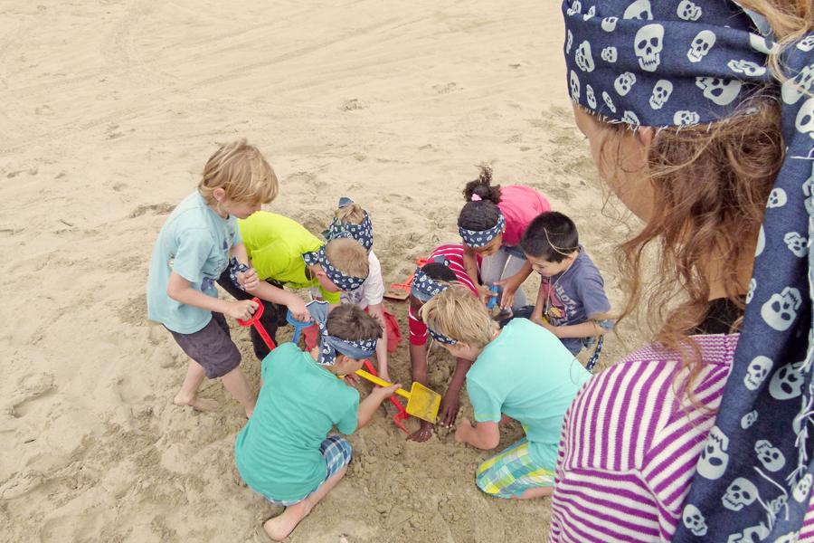 kinderfeest strand schatgraven